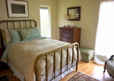 667-Cardinal-bedroom-2