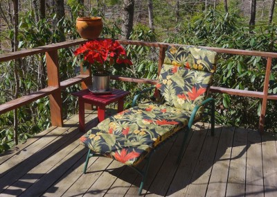 667-Cardinal-deck-chair
