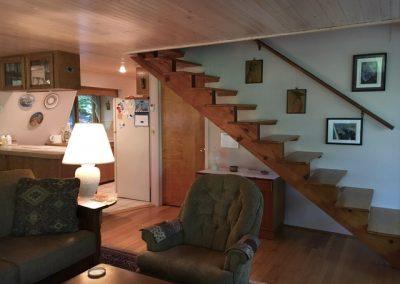 760cardinal8stairs