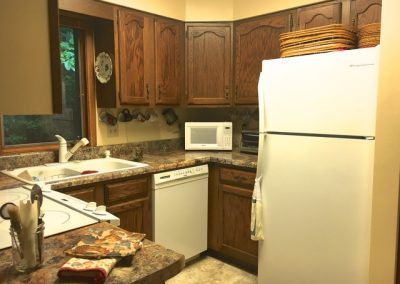 179Cardinal-Kitchen