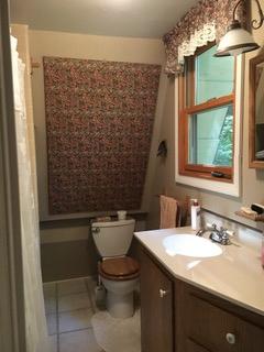 760cardinal11bathroom